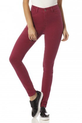 calca skinny hot pants beterraba color dz2418 frente proximo denim zero