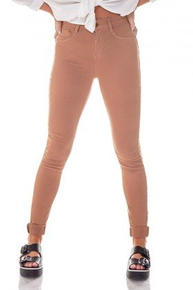 dz2560 11 bronze calca skinny media colors denim zero frente cortada