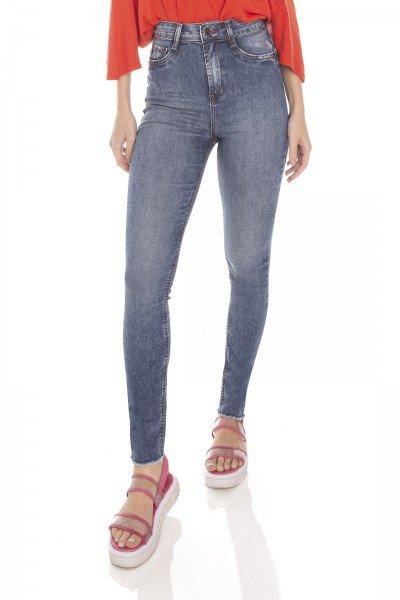 dz3426 calca jeans feminina skinny hot pants cigarrete barra desfiada denim zero frente prox