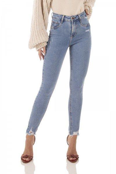 dz3605 com calca jeans feminina skinny media cigarrete com puidos denim zero frente prox
