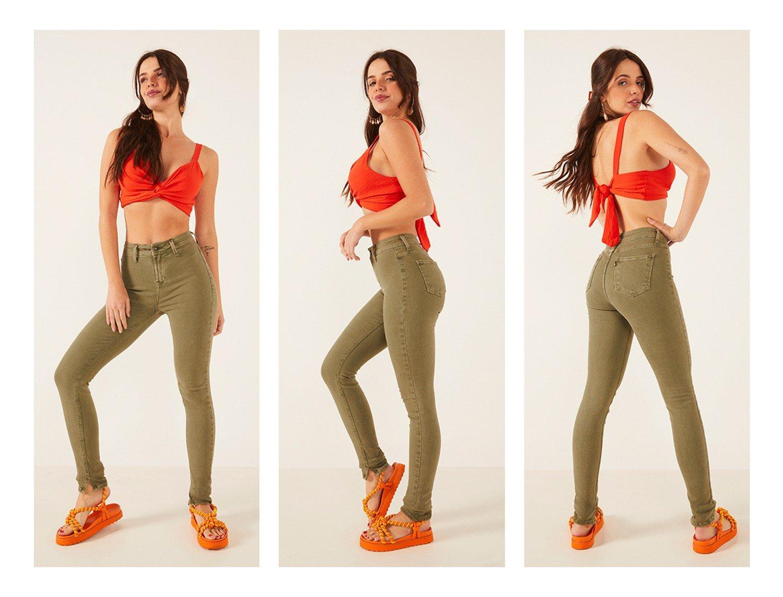 dz3891 re calca jeans feminina skinny media sem bolso frontal colorida verde militar denim zero trio crop
